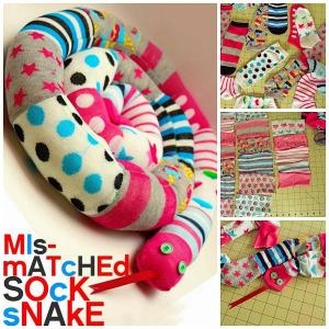 Fuente foto (http://diycozyhome.com/mismatched-sock-snake-tutorial/)